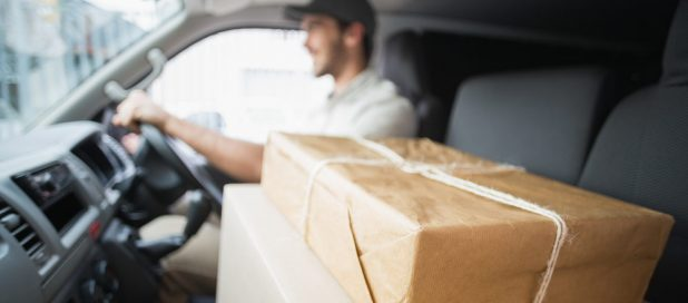 Courier Vs  Regular Post – Which Is Better For Your Business